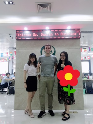 Welcome Mr. Damian from Hong Kong come to visit SUNSHINE